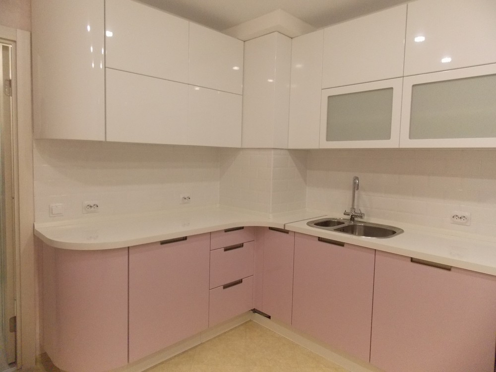 Белый кухонный гарнитур-Кухня МДФ в ПВХ «Модель 193»-фото1