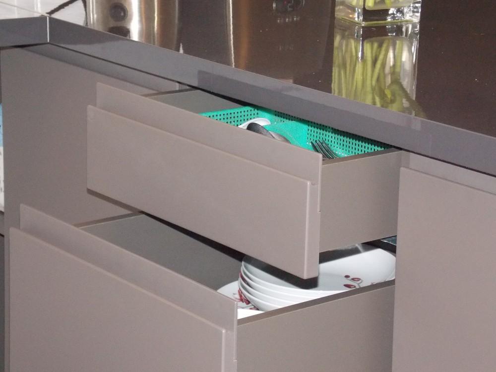 Акриловые кухни-Кухня МДФ в эмали «Модель 182»-фото2