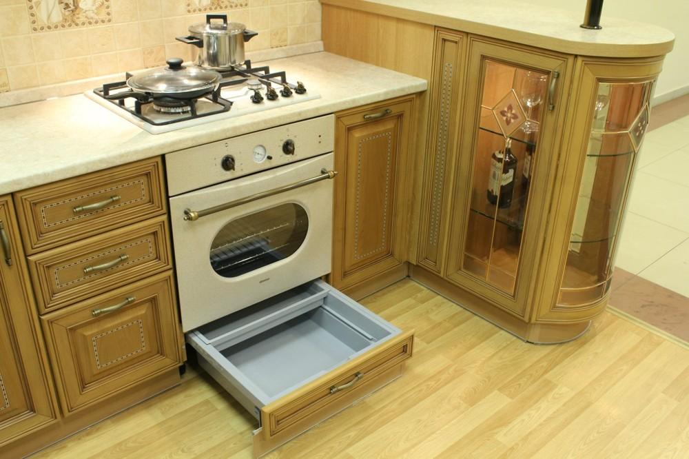 Классические кухни-Кухня из массива «Модель 127»-фото11