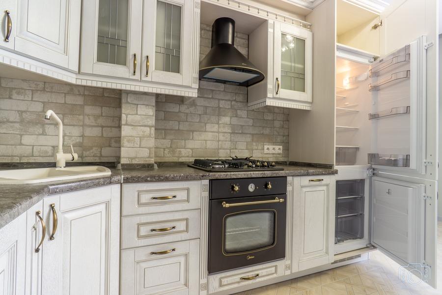 Белый кухонный гарнитур-Кухня из шпона «Модель 7»-фото5