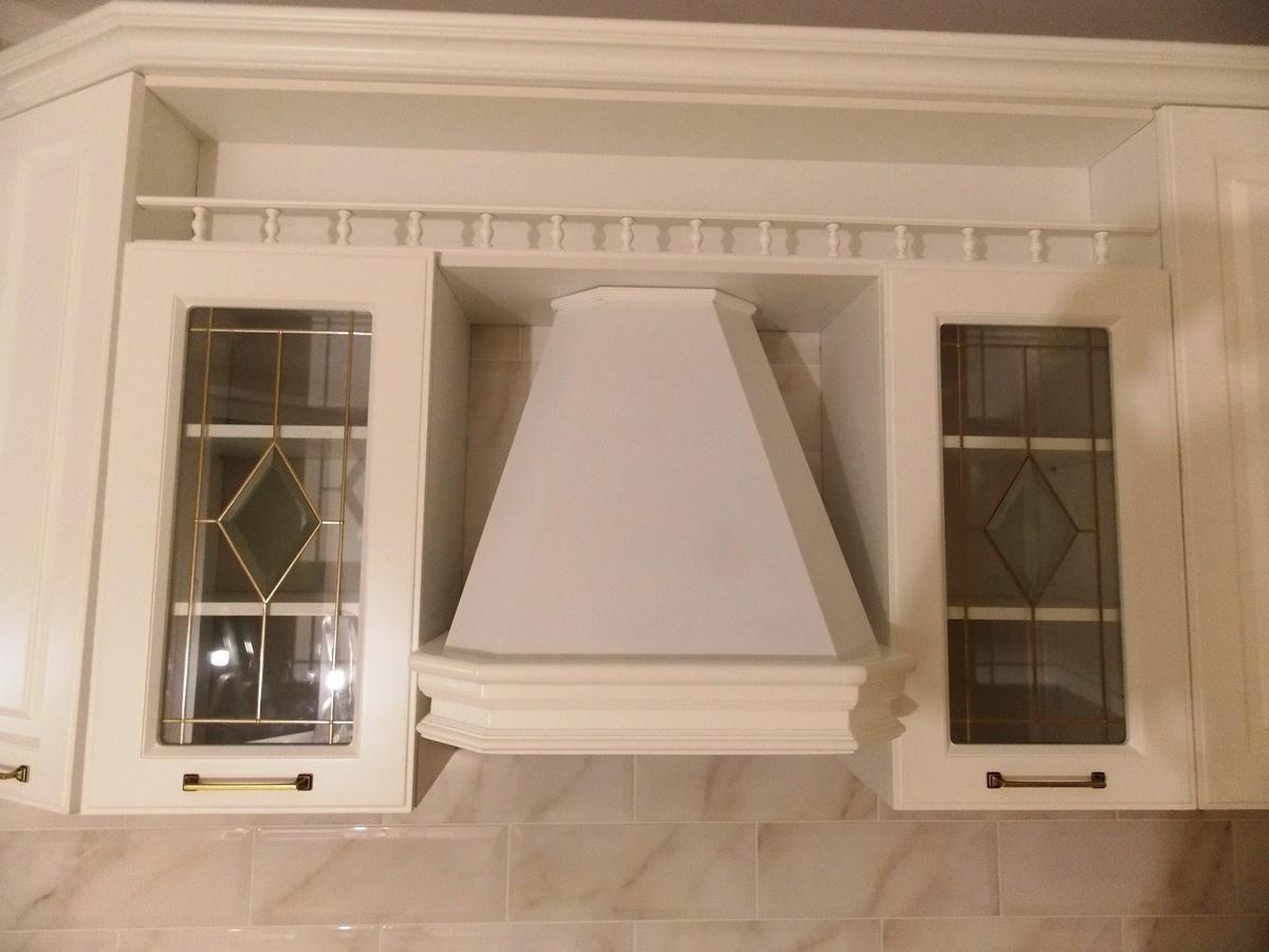 Белый кухонный гарнитур-Кухня МДФ в эмали «Модель 31»-фото3