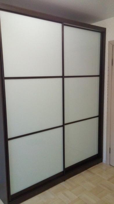 Белые шкафы-купе-Шкаф-купе из стекла Лакобель «Модель 40»-фото1