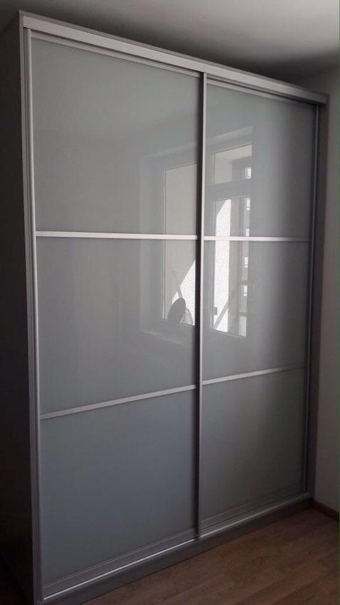 Бельевой шкаф-купе-Шкаф-купе из стекла Лакобель «Модель 361»-фото1