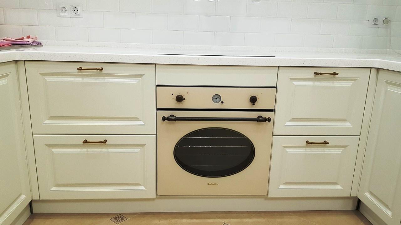 Белый кухонный гарнитур-Кухня МДФ в ПВХ «Модель 531»-фото9