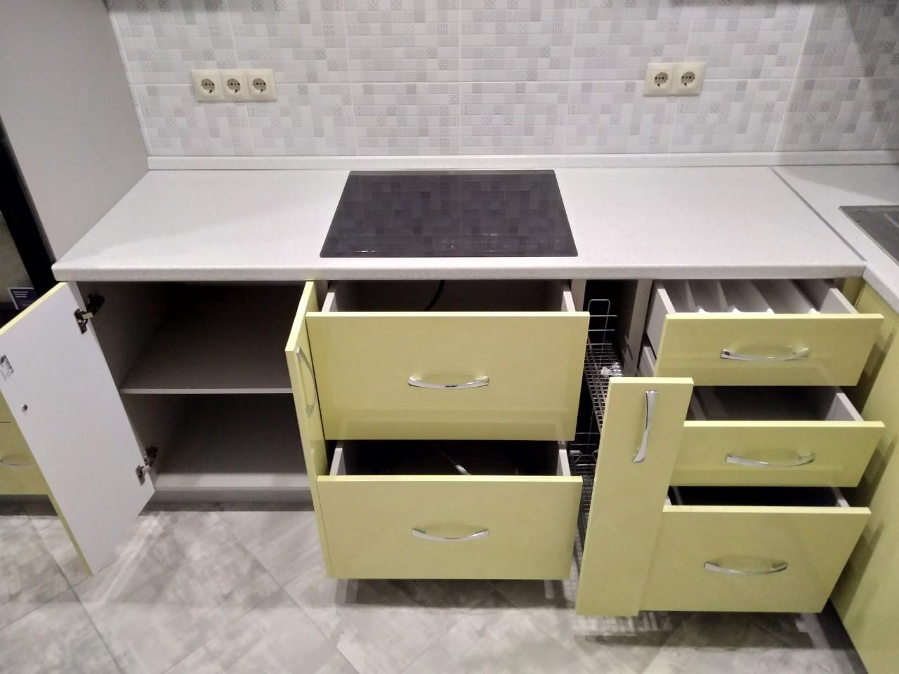 Белый кухонный гарнитур-Кухня МДФ в ПВХ «Модель 525»-фото9