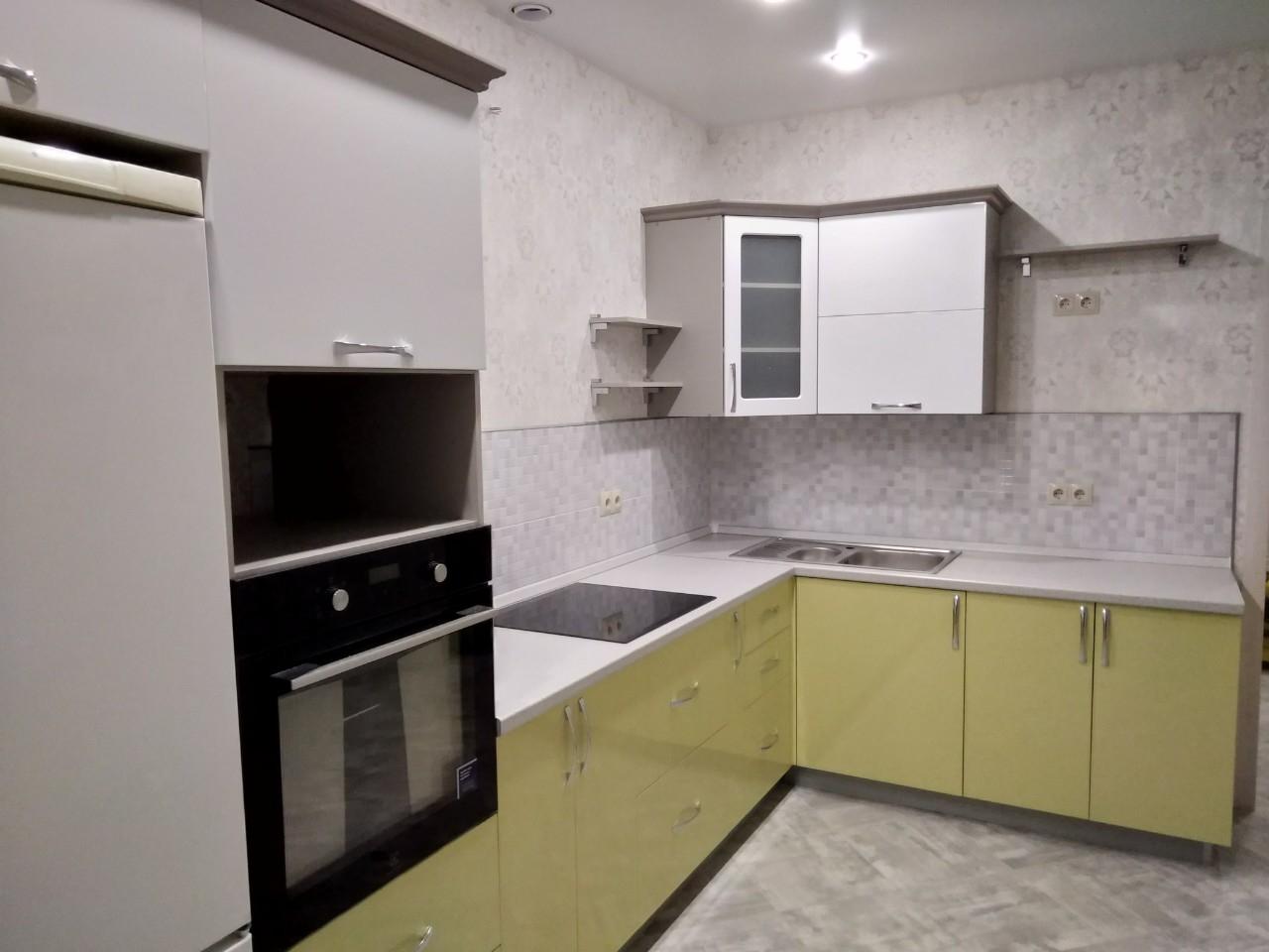 Белый кухонный гарнитур-Кухня МДФ в ПВХ «Модель 525»-фото1