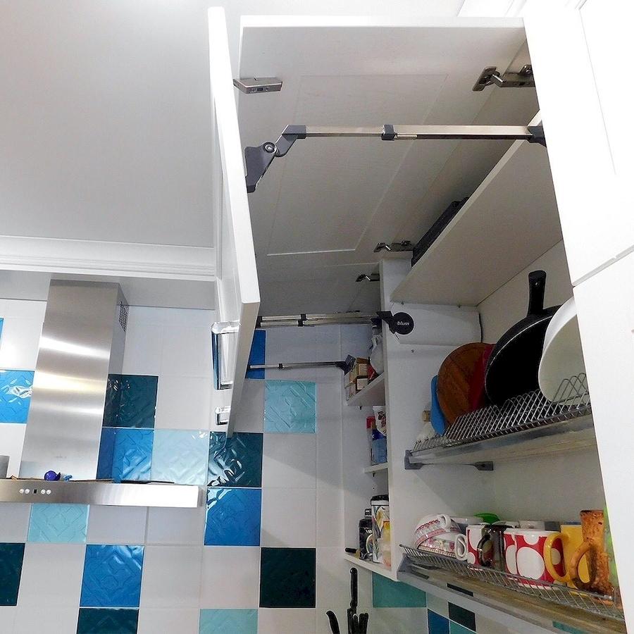 Белый кухонный гарнитур-Кухня МДФ в эмали «Модель 591»-фото6