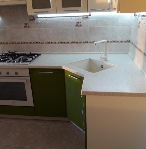 Белый кухонный гарнитур-Кухня МДФ в ПВХ «Модель 528»-фото5
